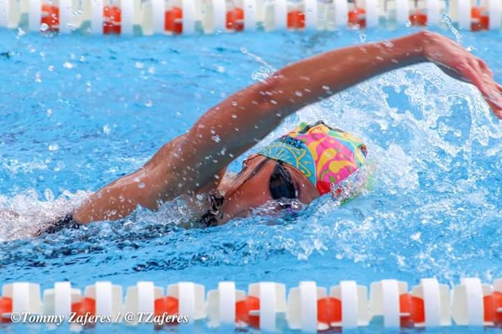 Lisa-swim